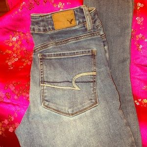 Women's Jeans. AE Size 2 Short, High-Rise Jegging